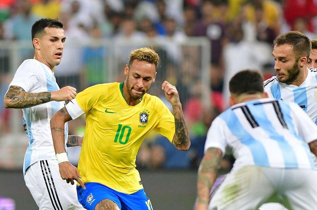 Agónica derrota de Argentina ante Brasil -  -