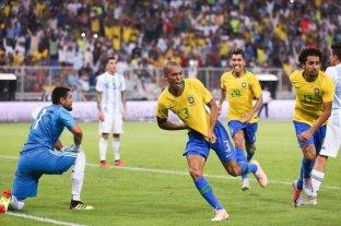Agónica derrota de Argentina ante Brasil -