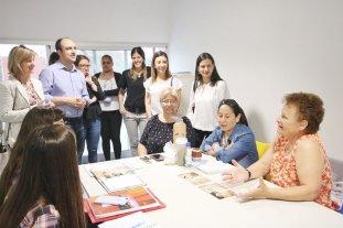 Santa Fe comparte experiencias de gestión con una ciudad colombiana - El intendente y parte de equipo junto a las colombianas María Fernanda Galeano Rojo (secretaría de Desarrollo Económico) y Paula Zapata Galeano (subsecretaría de Creación y Fortalecimiento Empresarial). -