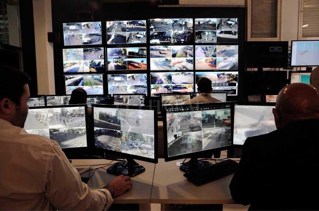 Presentan el sistema de monitoreo de movilidad y tránsito -  -