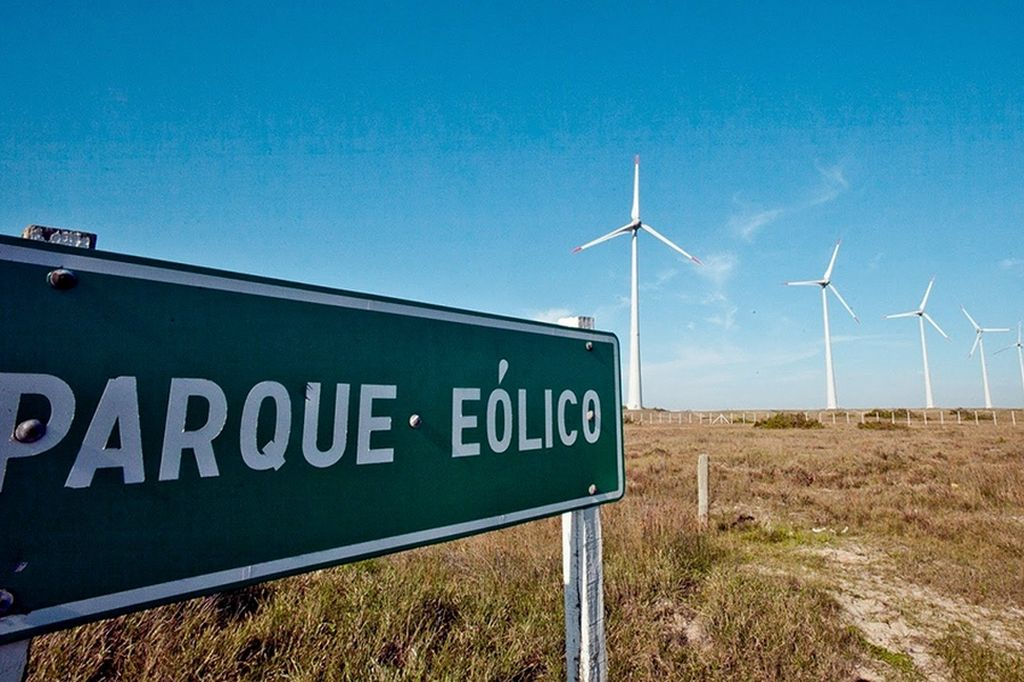 Macri inaugura un parque eólico en Chubut