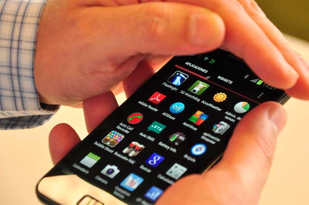 Extienden hasta fin de octubre el plazo para registrar líneas de teléfono y evitar bloqueos