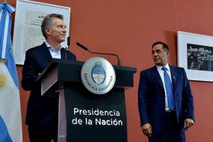 Macri presenta el Plan Nacional Aprender Matemática - Mauricio Macri y el ministro de Educación, Alejandro Finocchiaro.  -