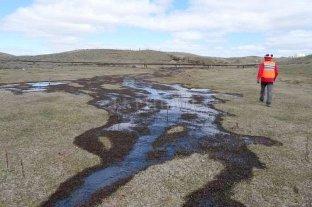 YPF derramó 720 mil litros de petróleo en una planta en Chile -  -