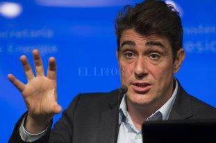 Iguacel dijo que hasta 2019 no habrá más aumentos de luz y gas