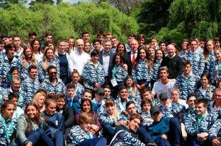 Macri felicitó a los deportistas juveniles olímpicos -  -