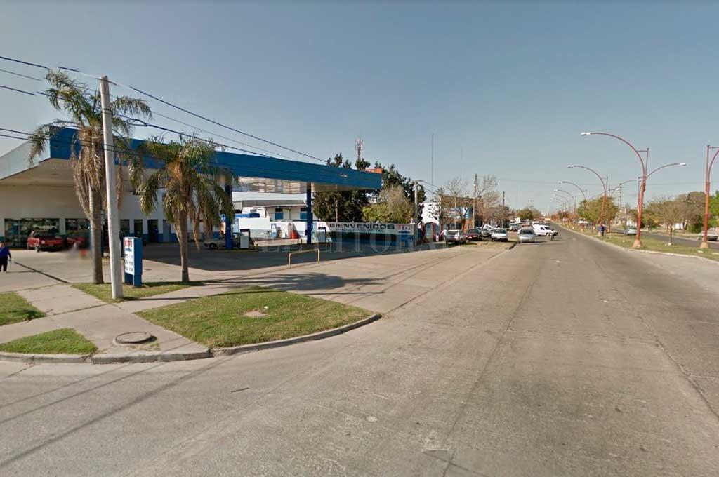 A punta de pistola robaron dinero en una estación de servicio de Av. Peñaloza