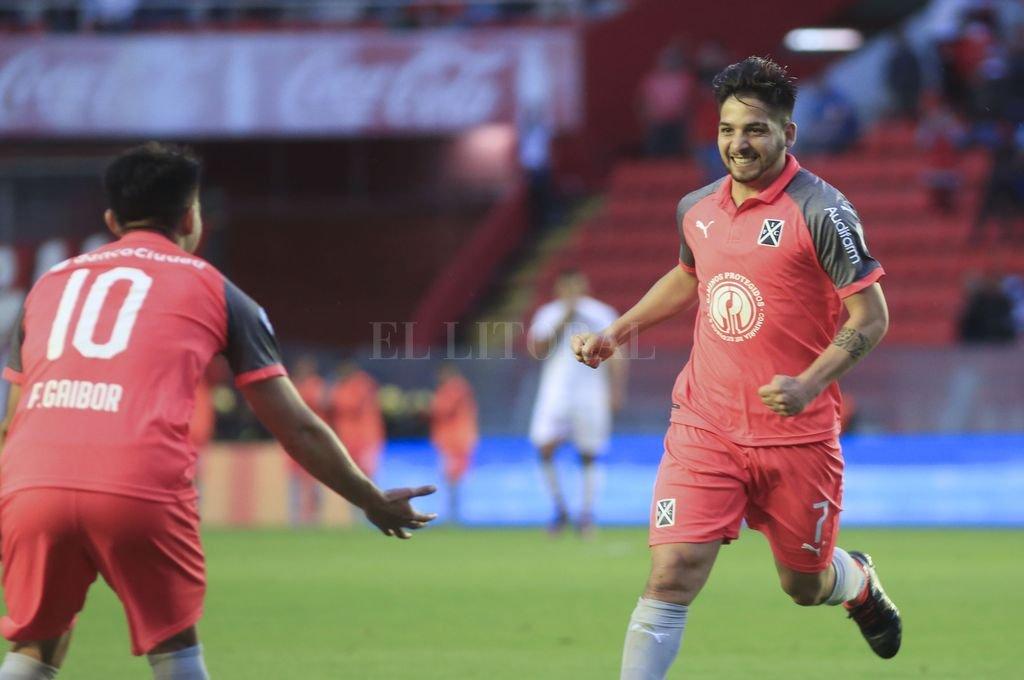 Independiente le ganó a Huracán y se prende en el torneo