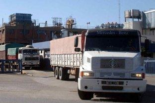 Pararán transportistas rurales - Los transportistas de granos y una nueva manifestación de protesta por altos costos. Dicen que no cortarán la circulación.  -