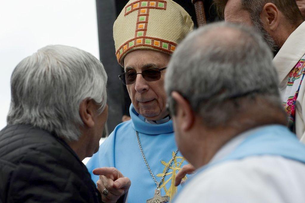 El obispo de Lujan Agustín Radrizzani junto a Hugo Moyano. Crédito: Internet