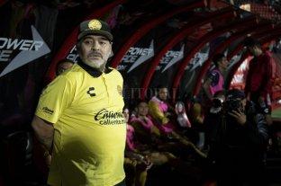 """Maradona se desdijo de sus dichos sobre Messi: """"Es el mejor del mundo"""" -  -"""