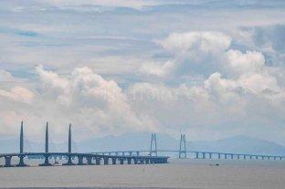 Inauguraron el puente mas largo del mundo