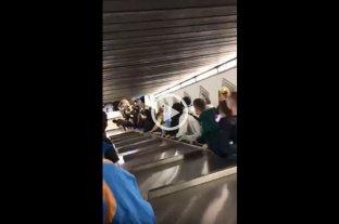 Se descontroló una escalera mecánica en Roma y dejó varios heridos -  -