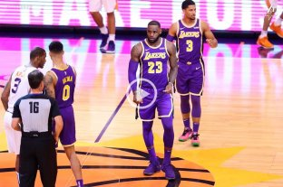 Los Lakers de LeBron James consiguieron su primera victoria