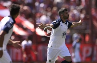 Independiente derrotó 2 a 0 a Argentinos