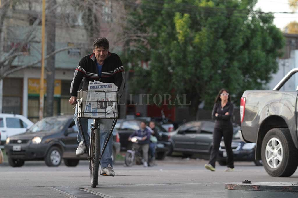 Día del Canillita: hoy no saldrán a la calle las ediciones impresas de El Litoral