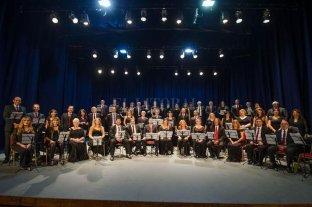 """""""Un réquiem alemán"""", de Brahms por el Coro Polifónico Provincial - Para el director Mariano Moruja, sólo los coros muy dotados técnicamente, como el de Santa Fe pueden desarrollar todo el potencial que tiene el Réquiem de Brahms.  -"""