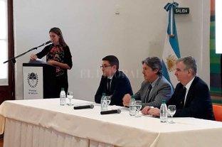 Cambiar rápido la matriz energética,  tema de trabajo en la Región Centro  - El desarrollo productivo y la competitividad de la Región Centro, ejes de la discusión en Rosario. -