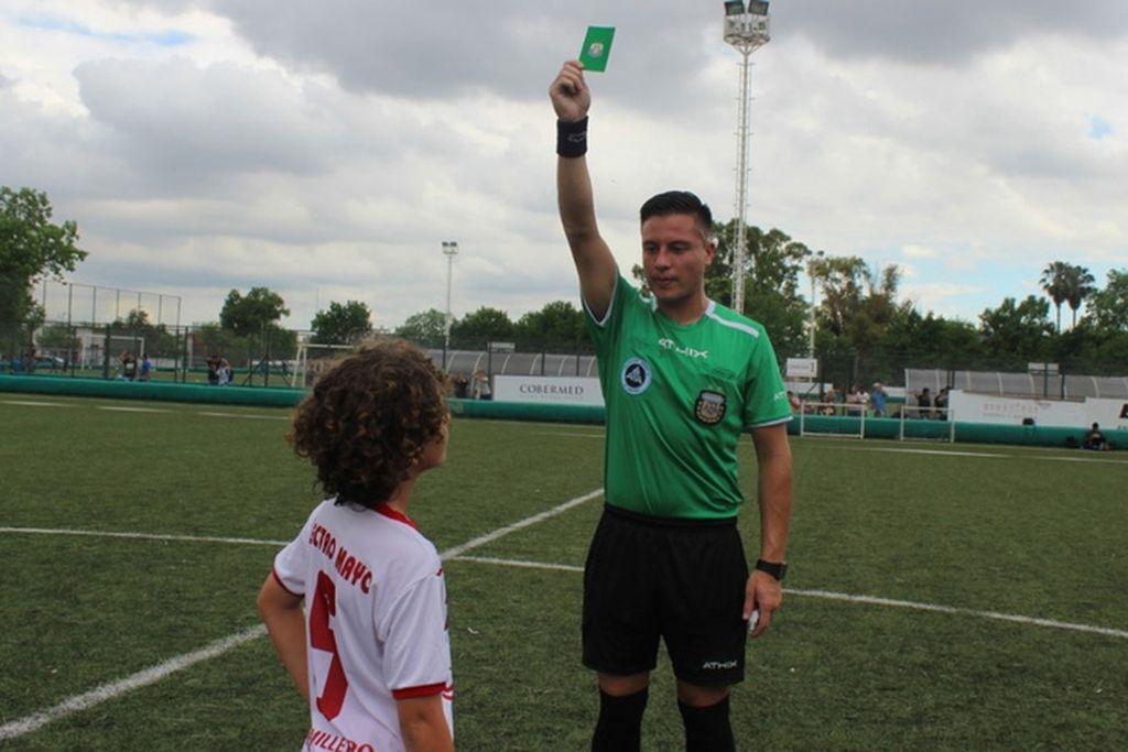 Se implementó la tarjeta verde en el fútbol argentino