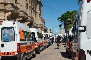 Protesta de transportistas de personas con discapacidad de toda la provincia -  -