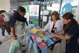 Celebramos el día de la Enfermería: la historia de su conmemoración en Argentina - La explanada del Cemafe fue uno de los tantos puntos donde se llevaron a cabo acciones de prevención contra esta vieja enfermedad.  -