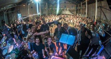 """""""La Polaca"""" coronó el Festival de Blues - La Polaca y Adrián Raffo. -"""