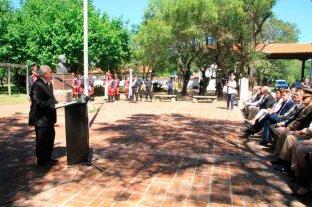 El Gobernador presidió el acto central en Cayastá -  -
