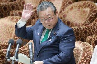 El ministro japonés de ciberseguridad confesó que nunca usó una computadora en su vida - Yoshitaka Sakurada. -