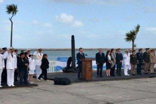 """Macri en el homenaje a los tripulantes del ARA San Juan: """"Los vamos a seguir buscando"""""""