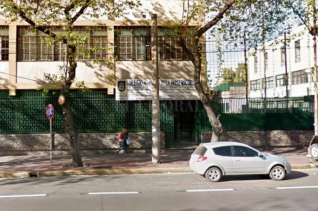 Colegio Nuestra Señora de la Misericordia, de Mendoza. <strong>Foto:</strong> Captura digital Google Maps Street View