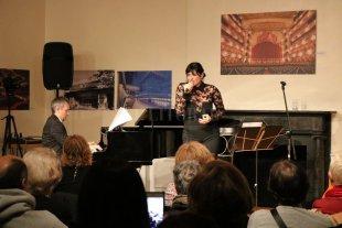 Tango santafesino en Nueva York - El concierto giró en torno a las canciones de Gardel y las composiciones de Astor Piazzolla, dos exponentes que refieren a momentos históricos muy marcados y diferentes entre sí. -