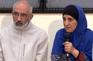El gobierno se despega de la detención de dos musulmanes - Marcelo y Paola, padres de los detenidos, niegan de plano un vínculo de sus hijos con actividades terroristas. -