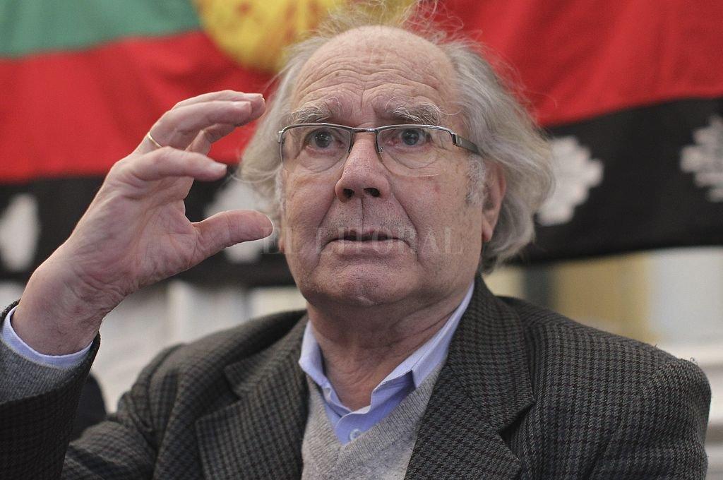 Pérez Esquivel y las marchas