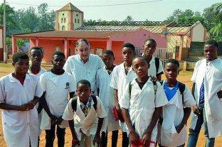 Un entrerriano que siembra esperanzas en África - Con trabajo y humildad Andrés Randisi, contribuye a levantar un mundo diferente, a través de valores y una mirada positiva. -