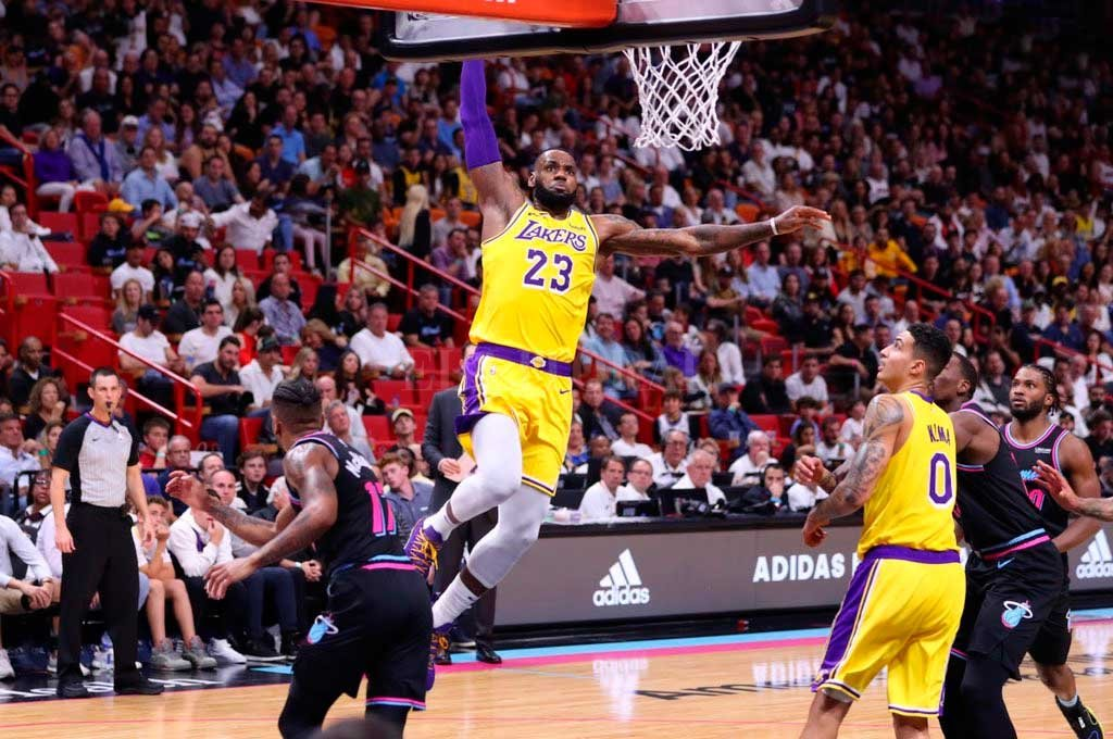 Crédito: Lakers