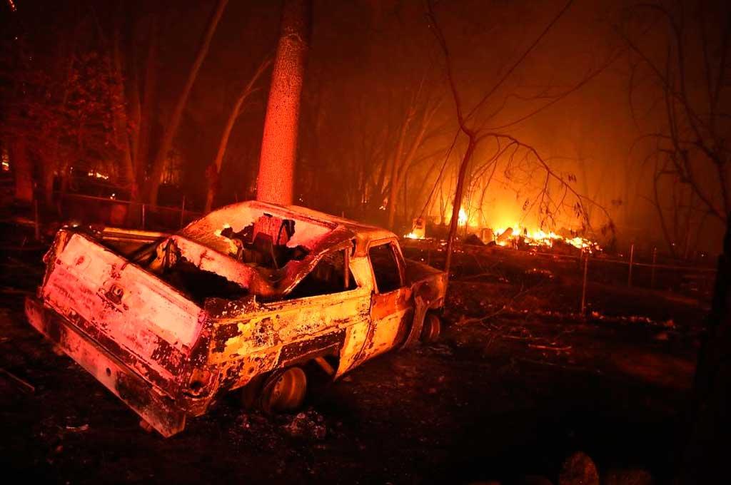 """La historia del """"conductor del cielo"""", que salvó a 22 niños de los incendios en California"""