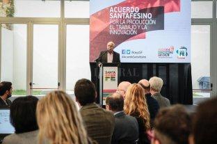 Lifschitz presentará el Acuerdo por la producción, el trabajo y la innovación - El gobernador durante una de las jornadas de trabajo que concluyó con el diseño de una agenda multisectorial santafesina hacia el 2030.  -