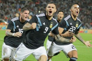 Con goles de Icardi y Débala, Argentina venció a México -  -