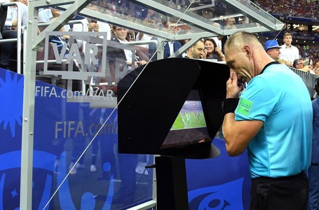 La Champions League utilizaría el VAR a partir de octavos de final