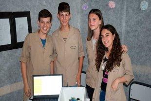 Jóvenes entrerrianos crearon un despertador para hipoacúsicos