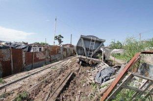 """Los trenes que descarrilan y otro """"culebrón político"""" en el Concejo"""