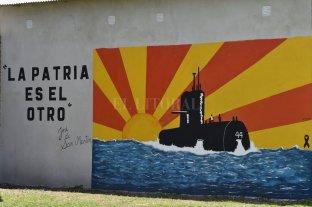 Estudiantes de Chovet homenajearon a los tripulantes del ARA San Juan a través del arte
