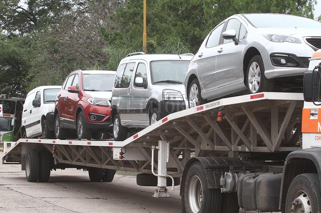 """En noviembre, la venta de autos enfrentó la mayor caída desde 2002"""""""