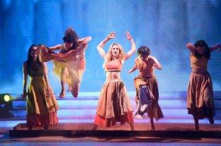 Noche de homenajes y emociones en el Bailando