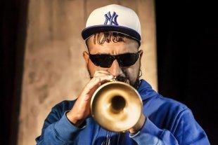 Afanooza - El reconocido trompetista Hugo Lobo compartirá escenario con Motta. -