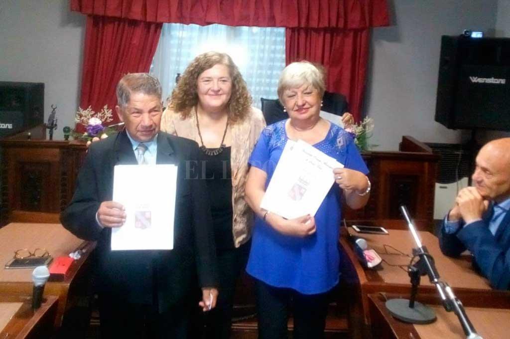 Santo Tomé: en el Concejo distinguen a Mario Díaz y María Rosa Sánchez