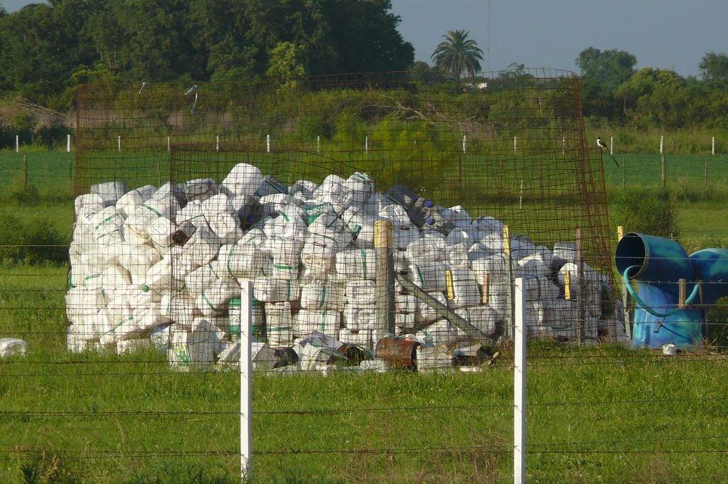 Agroquímicos: Santa Fe sancionó su propia ley de gestión de envases vacíos