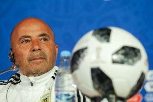 Sampaoli, cerca de dirigir Santos y ser el DT mejor pago de Brasil