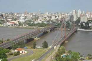 A fines de enero, el río Paraná  podría alcanzar niveles de alerta - En Santa Fe, el río no supera el nivel de alerta desde el 14 de mayo de 2016; es decir, desde hace más de dos años y medio. -