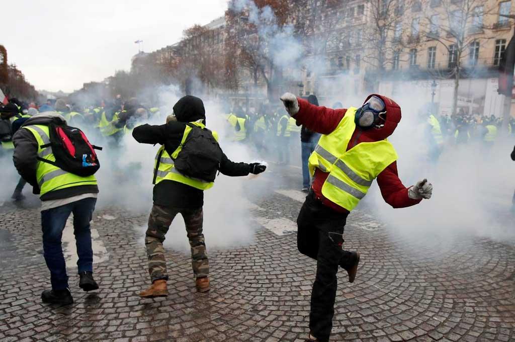 """Francia se prepara para otra protesta de los """"Chalecos Amarillos"""" -  -"""